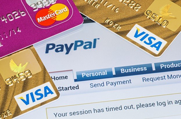 Russians embrace Bitcoins, the West sticks with PayPal