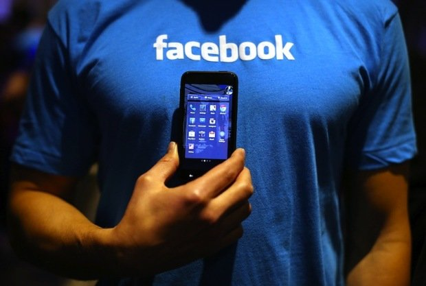 India temporarily bans Facebook's controversial free internet service