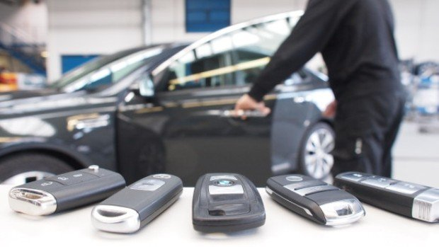 Radio Attack Lets Hackers Steal 24 Different Car Models