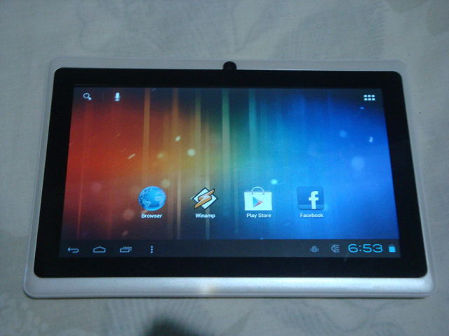 1024px-AllWinner_A13_Tablet-640x480