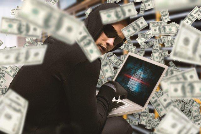 hacker-money-laptop-e1467723962642